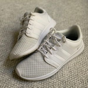 Like Brand a White Adidas Mesh Trainers Size 8